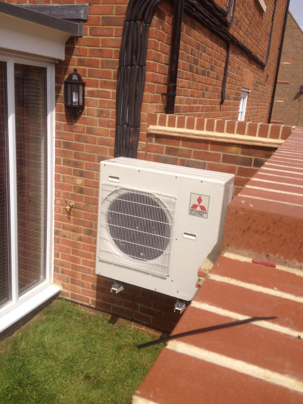 case study of mitsubishi zen house air conditioning heat pump