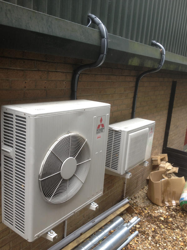 mitsubishi electric air conditioning heat pump kirigamine zen office