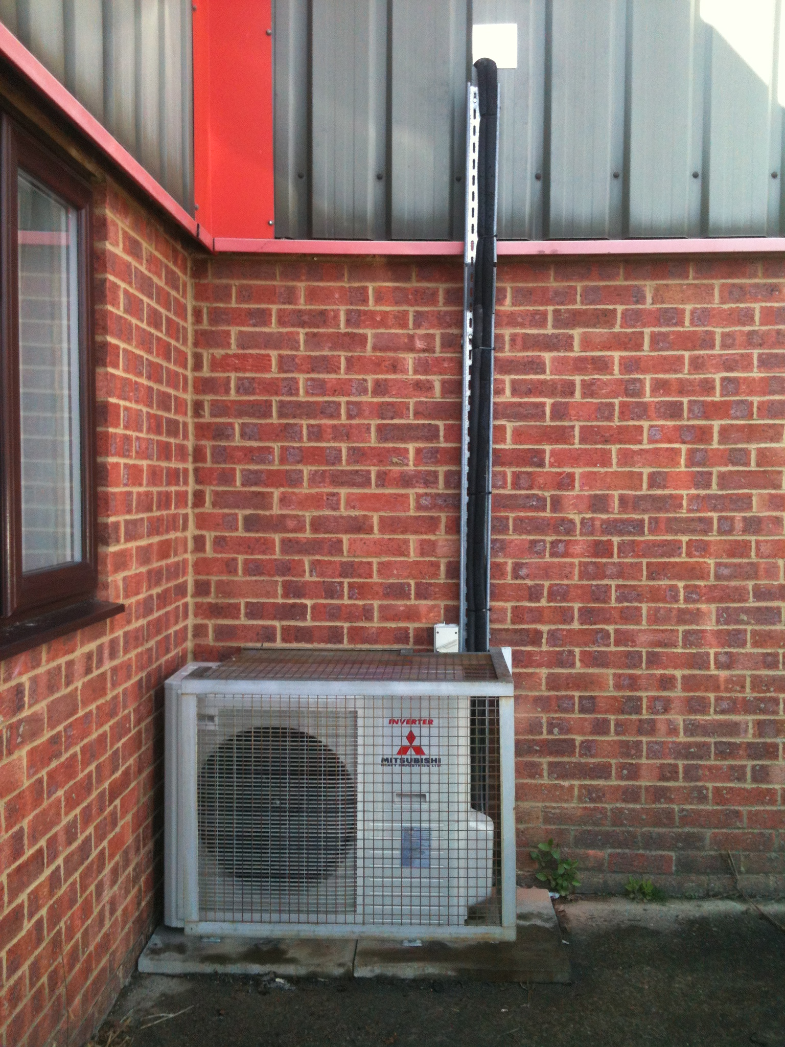 Server Room Air Conditioning At Fibrefab Haverhill Uk
